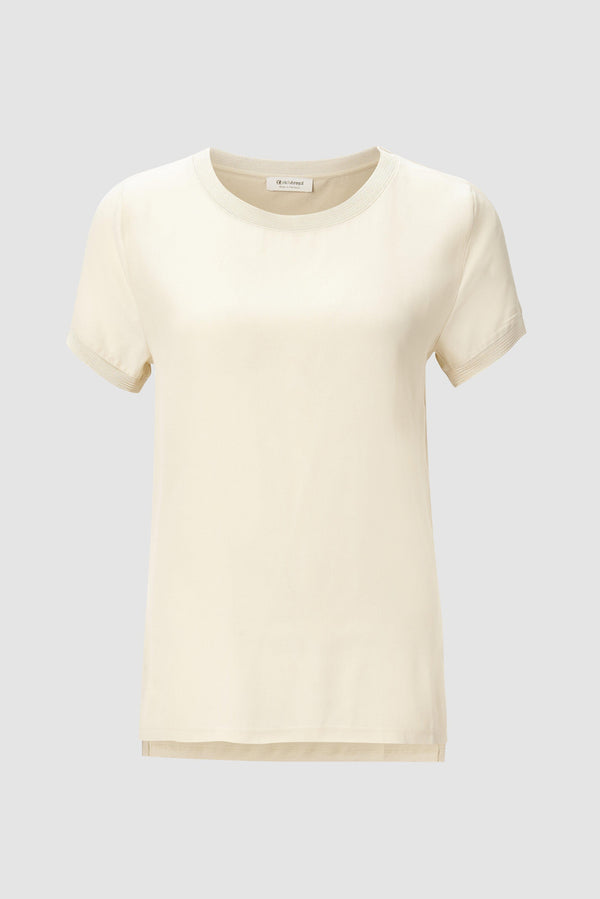 T-shirt with crêpe front section