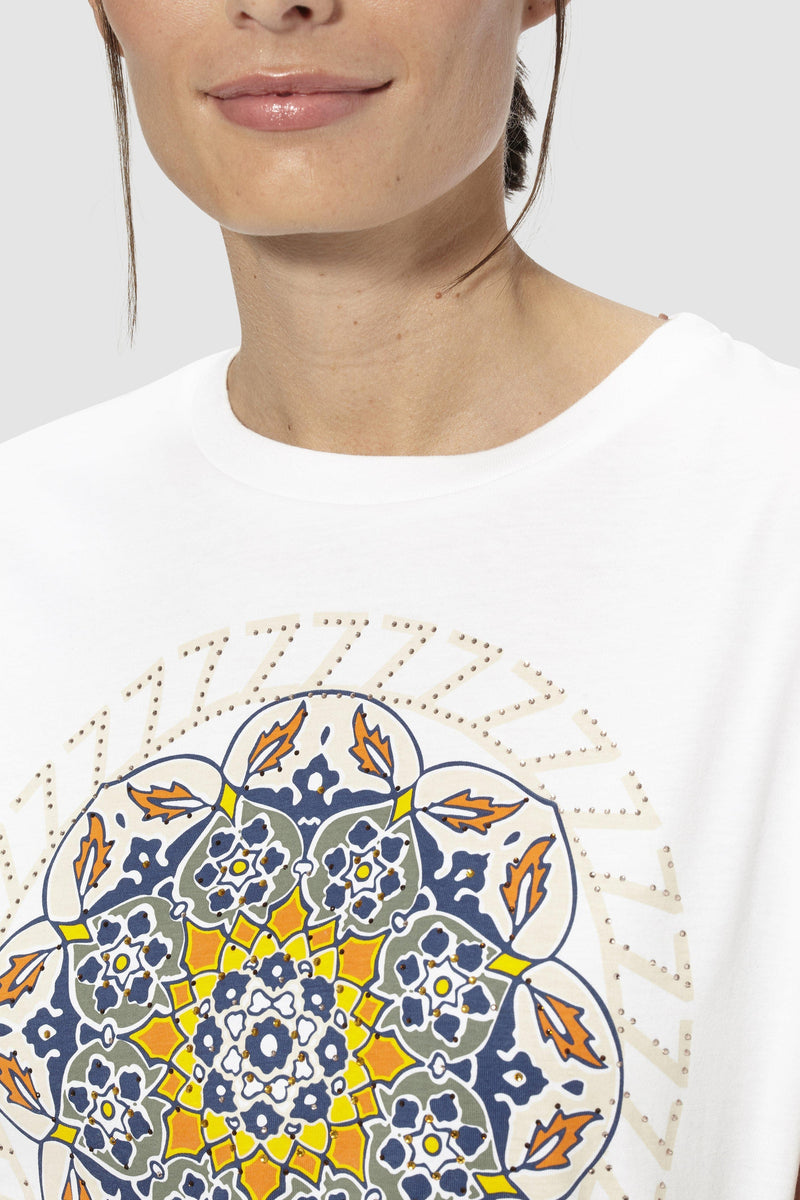 T-shirt with mandala print