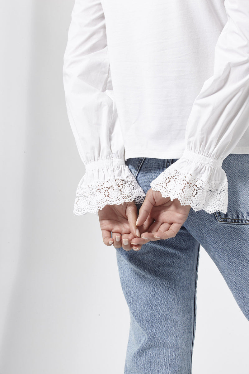 Rich & Royal - Blouse with frilled cuffs - detail view
