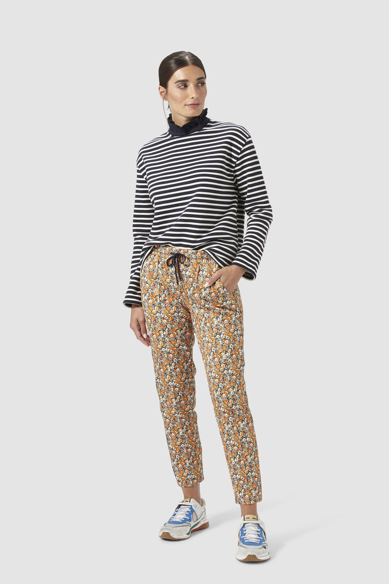 Rich & Royal - Jogger-style floral scuba trousers - model image front