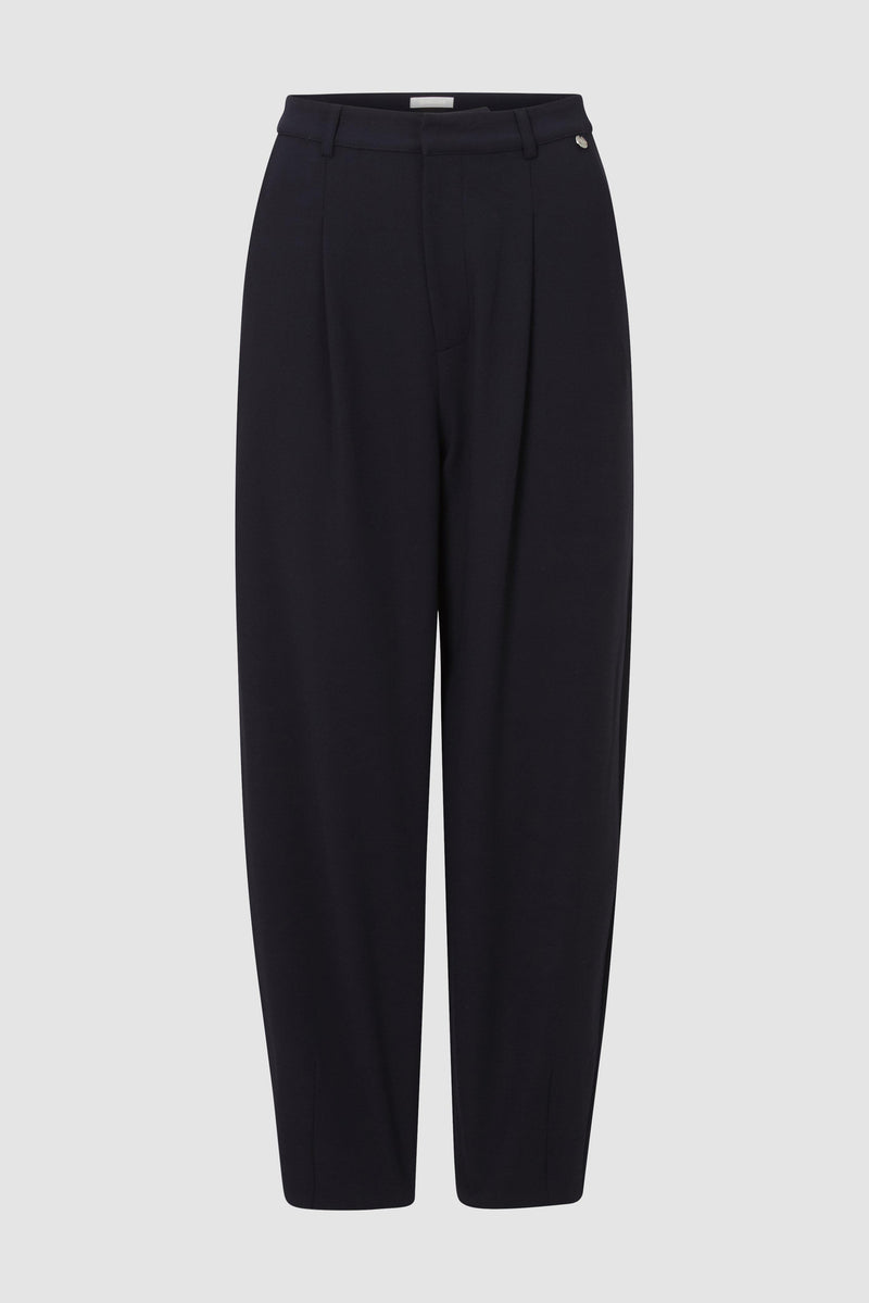 Trousers with elasticated waistband