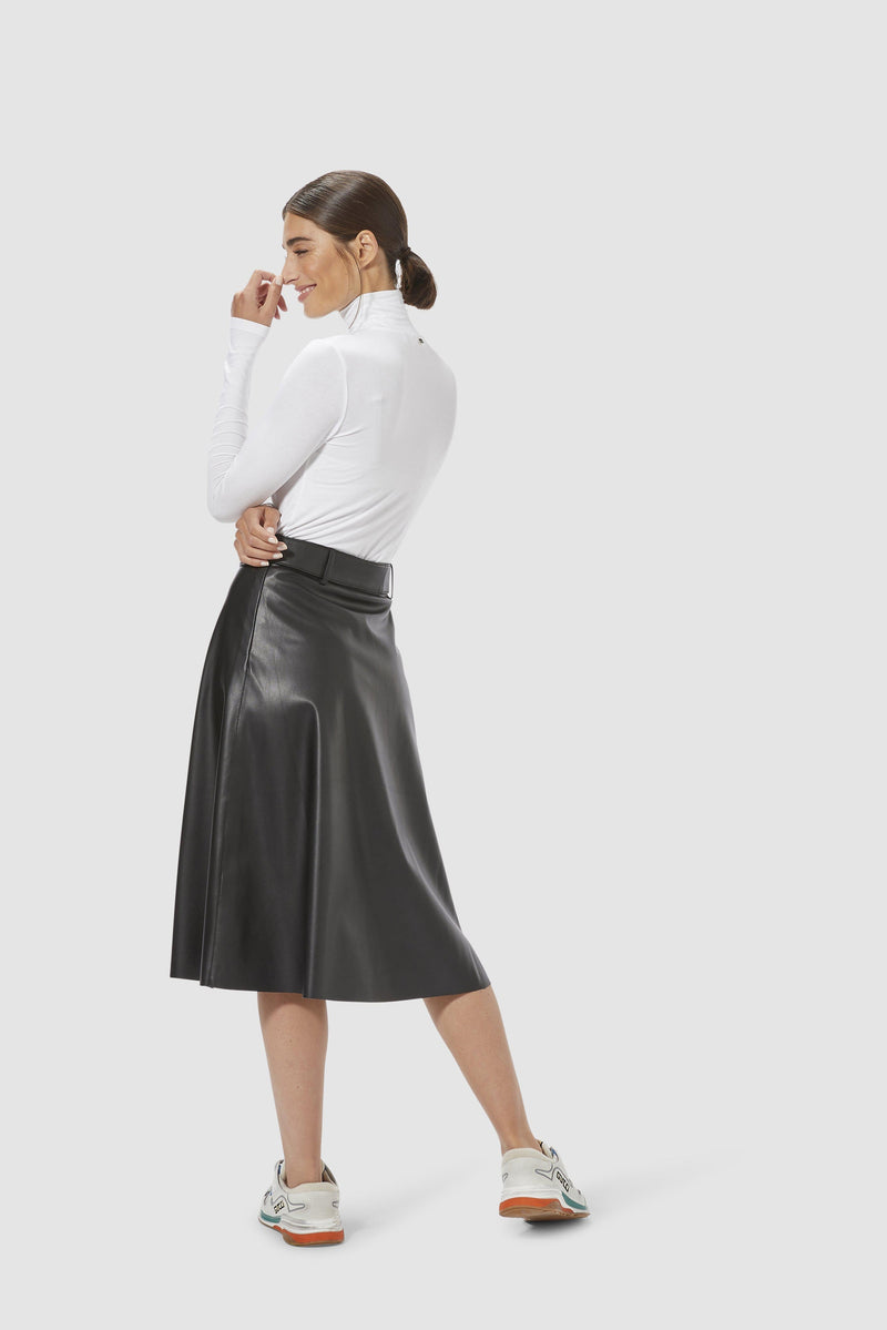 Rich & Royal - Vegan leather skirt - model image back