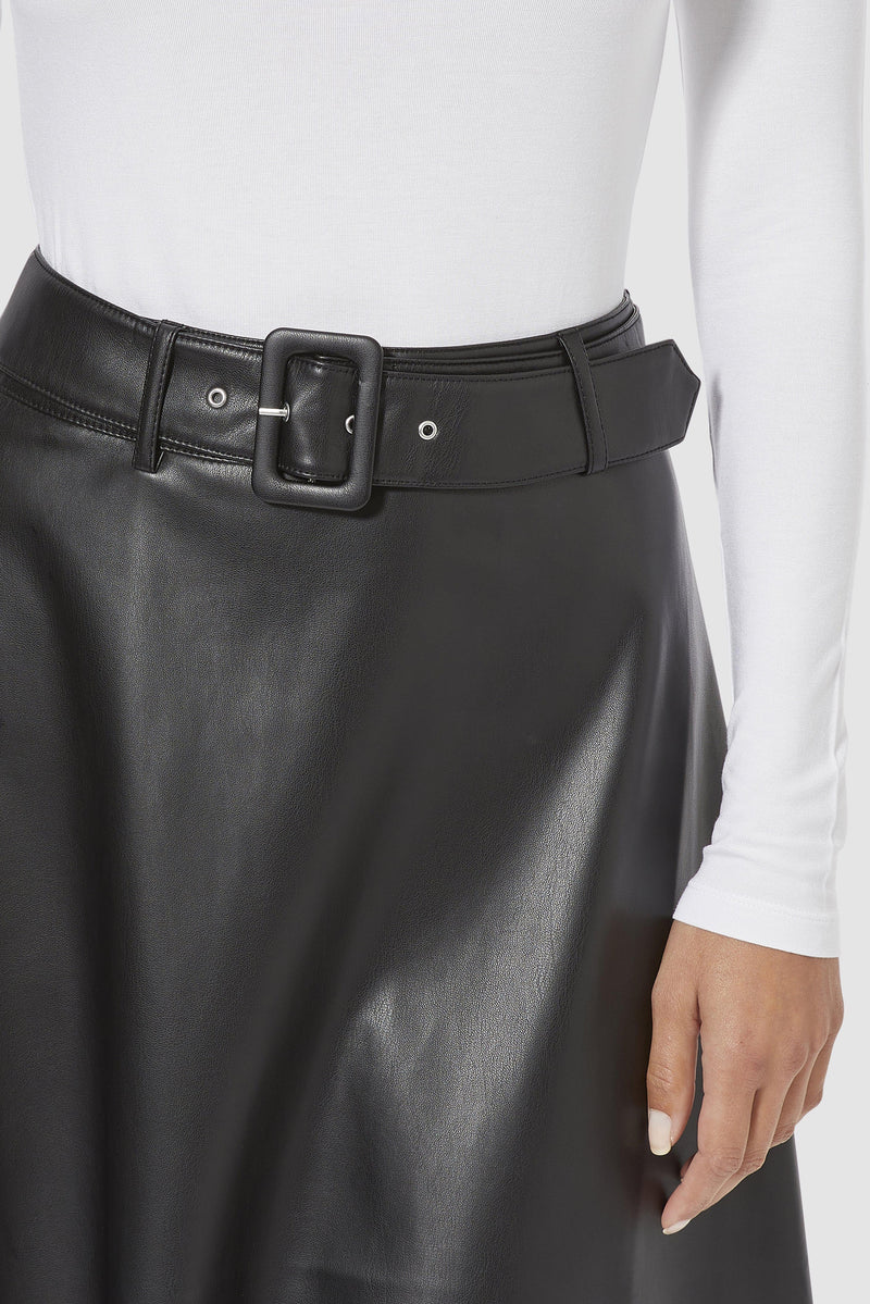 Rich & Royal - Vegan leather skirt - detail view