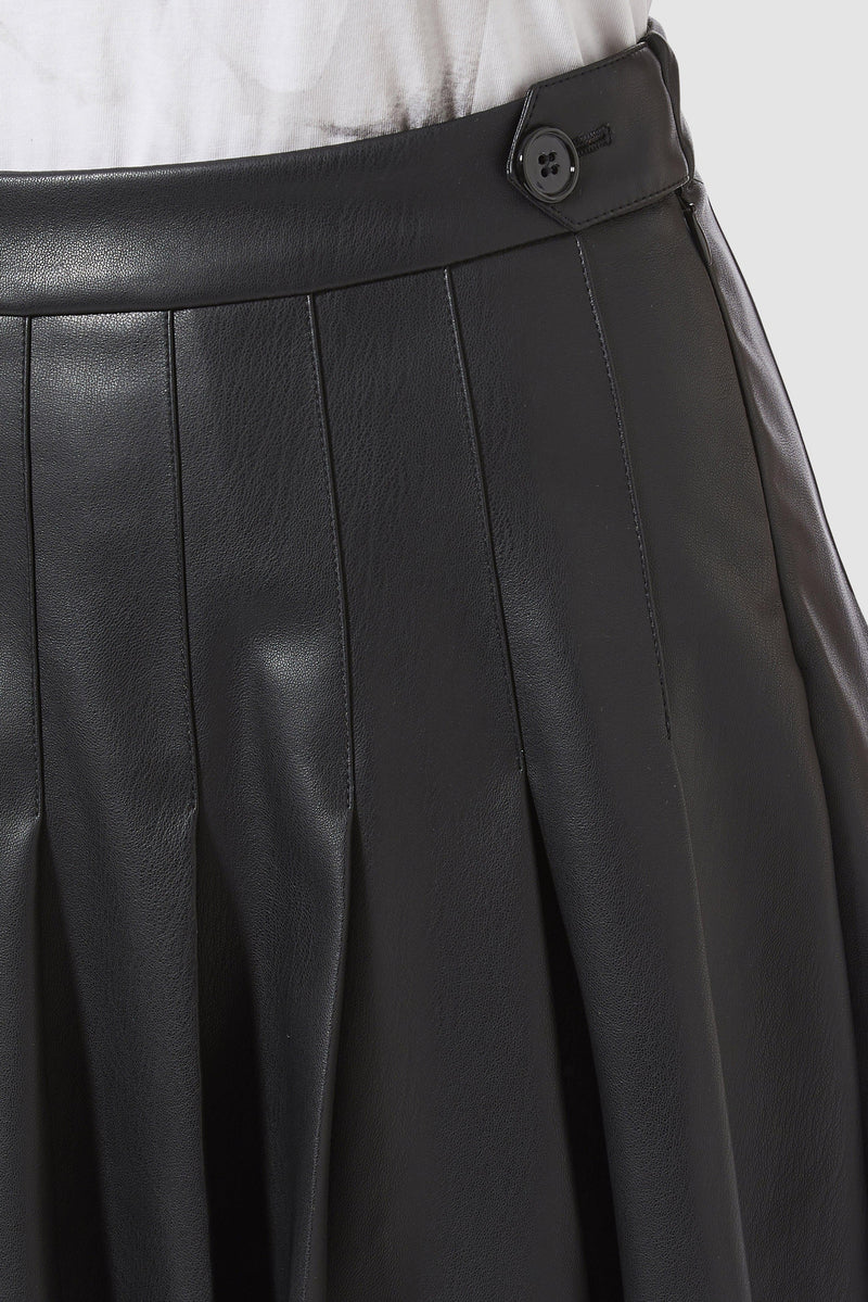 Rich & Royal - Vegan leather skirt with stitched pleats - detail view