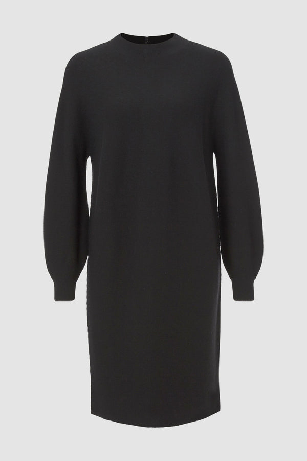 Minimalist knitted dress with slits