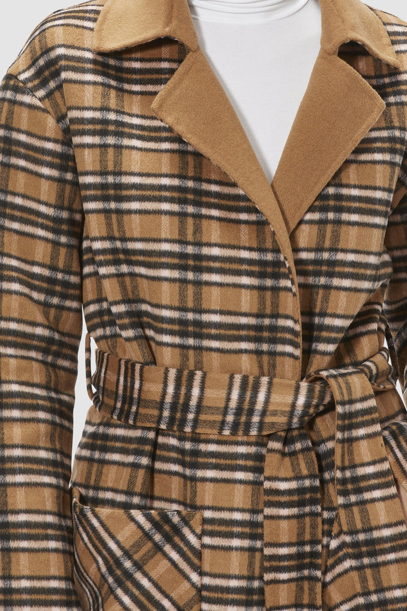 Rich & Royal - Coat with fringes - detail view
