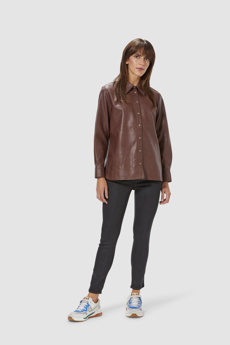 Rich & Royal - Oversized fake leather blouse - model image front