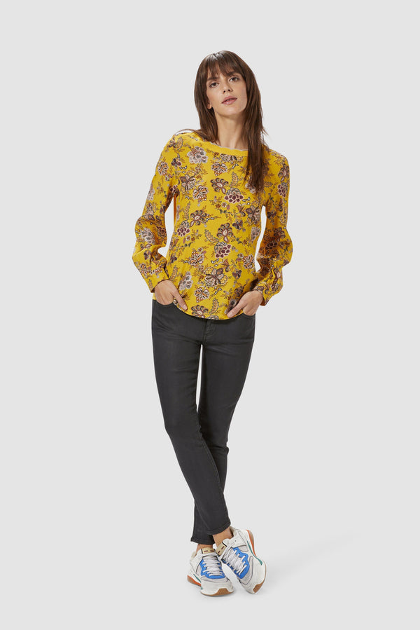 Rich & Royal - Top with floral print - model image front