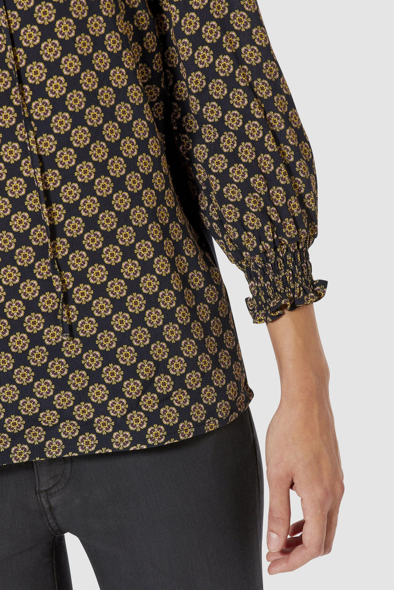 Rich & Royal - Printed blouse with ruffles - detail view