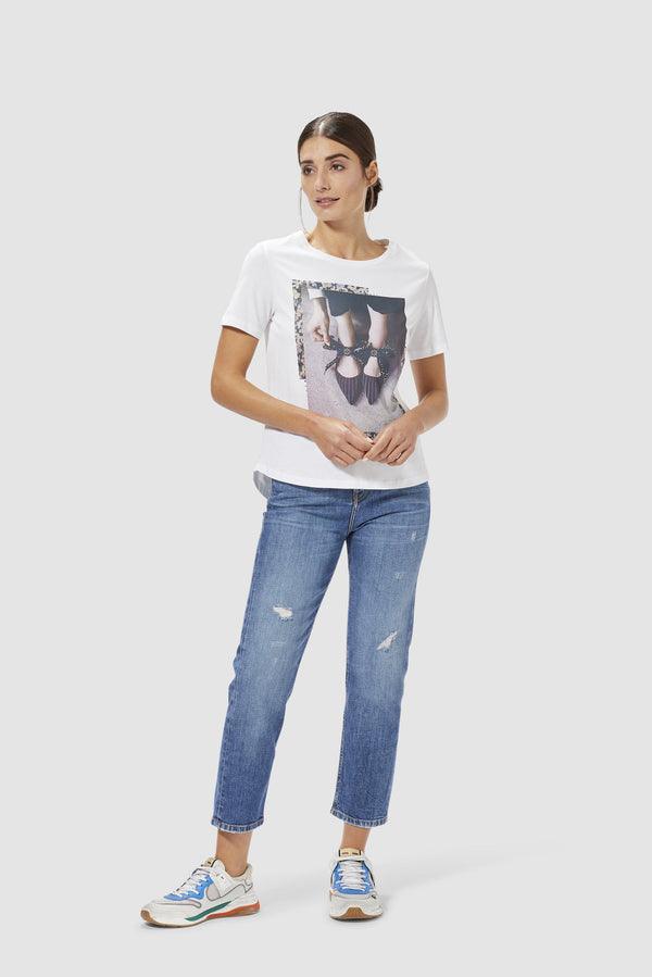 Rich & Royal - Printed T-shirt with rhinestones - model image front