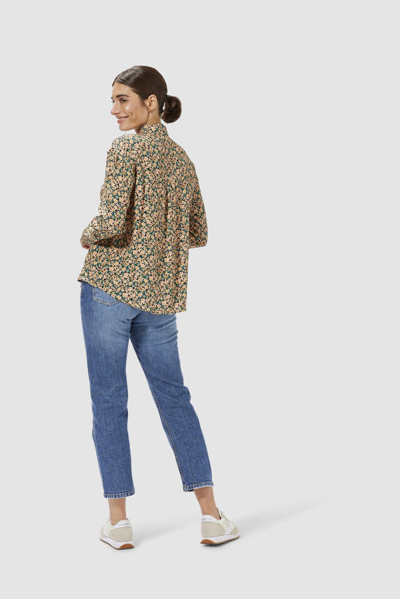 Rich & Royal - Floral blouse - model image back