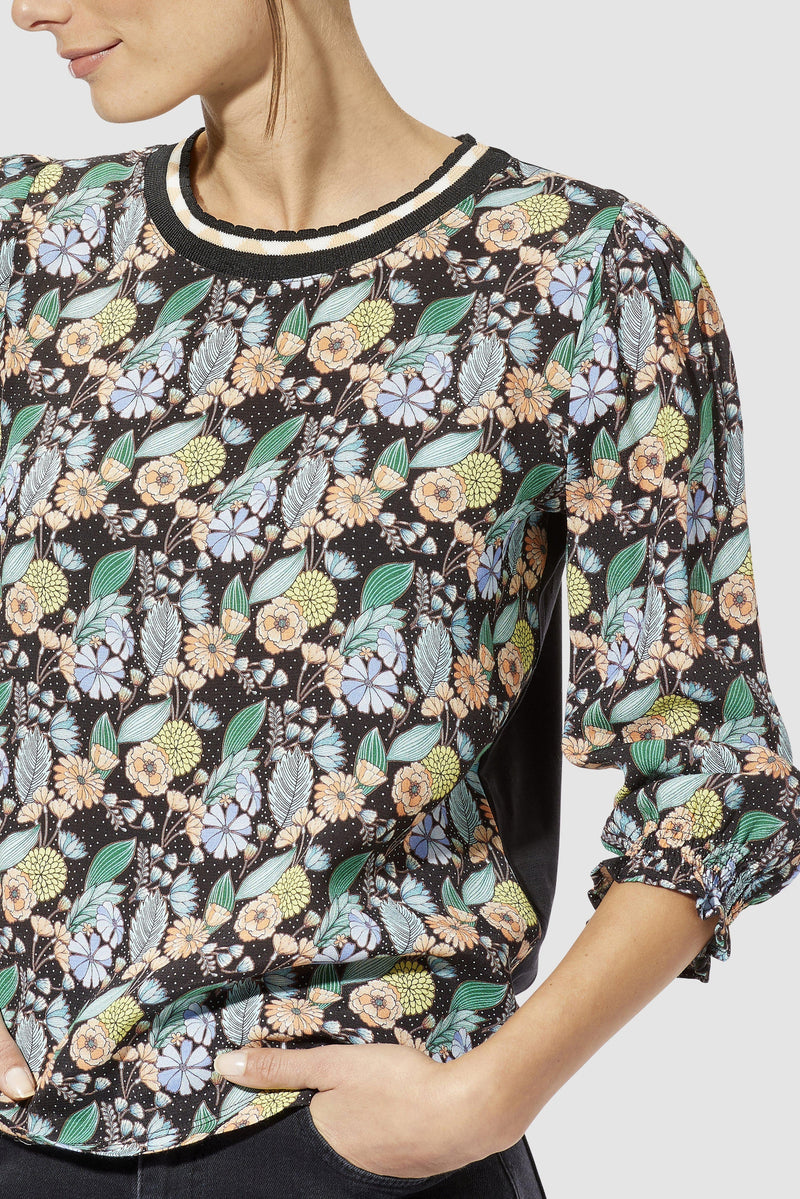 Rich & Royal - Long-sleeved top with floral print - detail view