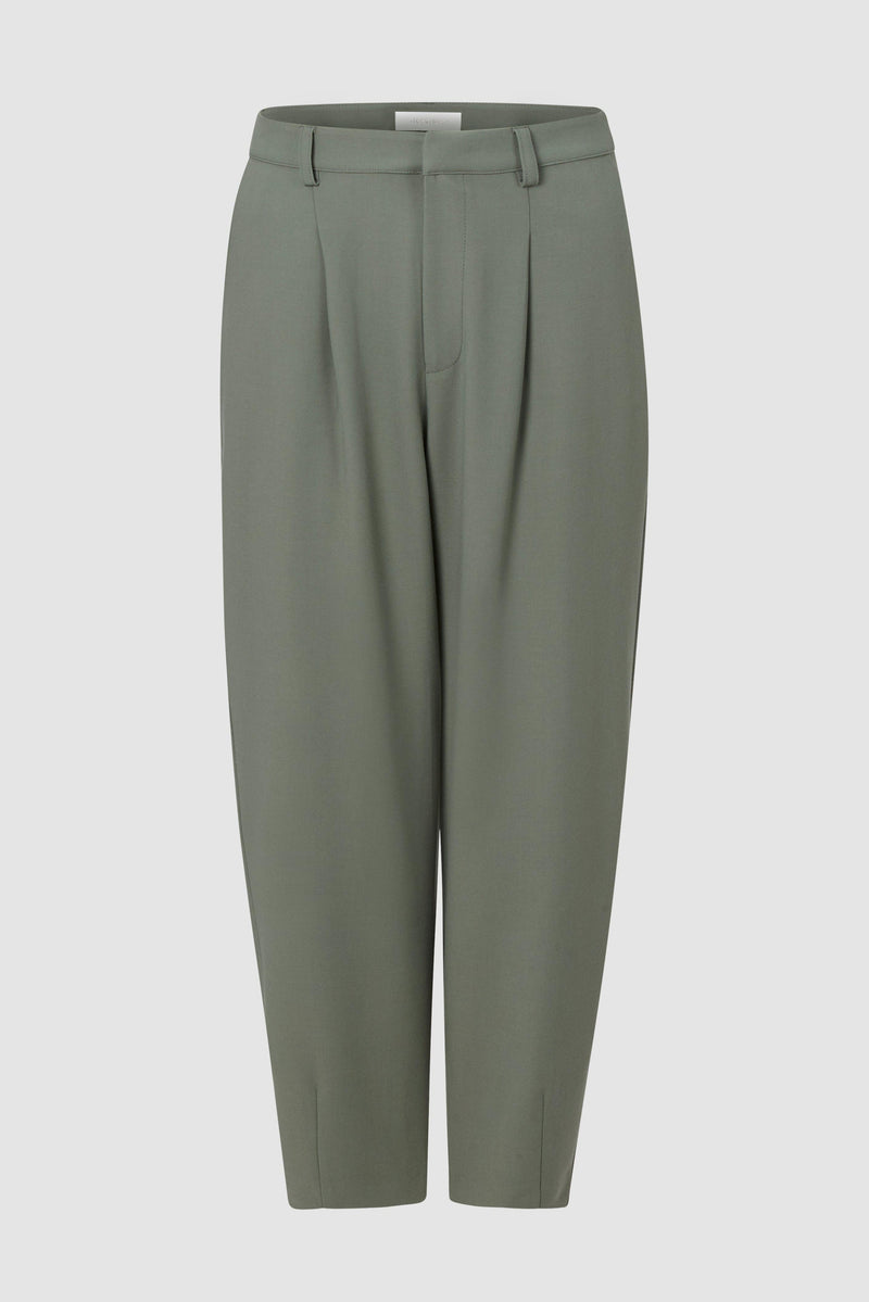 Rich & Royal - Trousers with pleats - bust