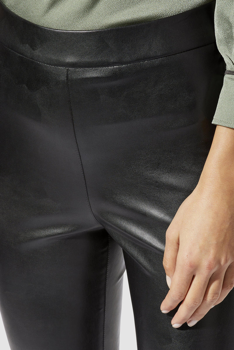 Rich & Royal - Artificial leather leggings - detail view