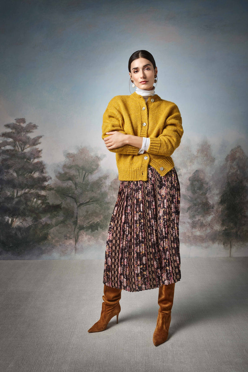 Rich & Royal -Chunky knit cardigan with lurex - campaign image