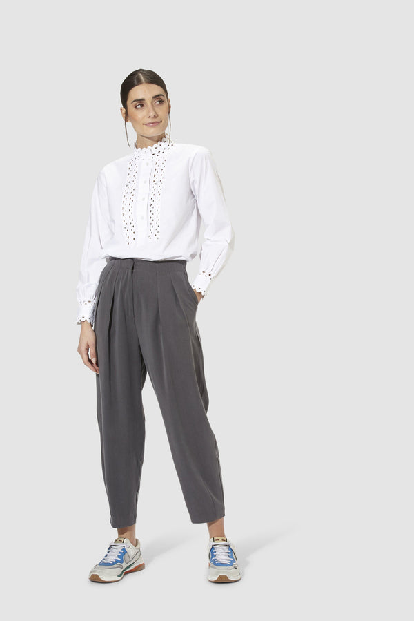 Rich & Royal - High-waisted Tencel trousers - model image front
