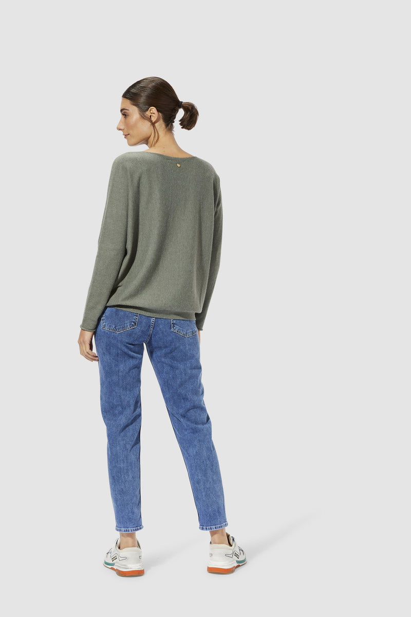 Rich & Royal - Girlfriend jeans with pleats - model image back