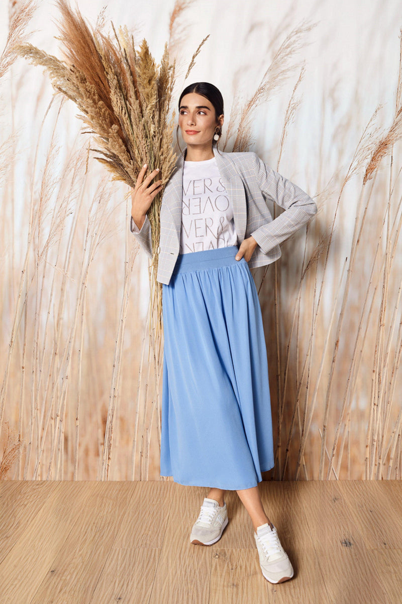 Rich & Royal - Swinging midi skirt - campaign image