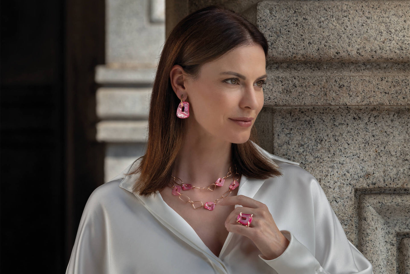 Mattioli creates colourful fine jewellery relying on innovation and a tradition of 150 years of the best Italian craftsmanship. One of the most innovative jewelry companies in the world. Born and based in Turin.
