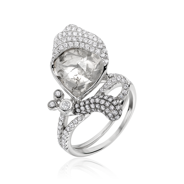 Asymmetric Butterfly Ring