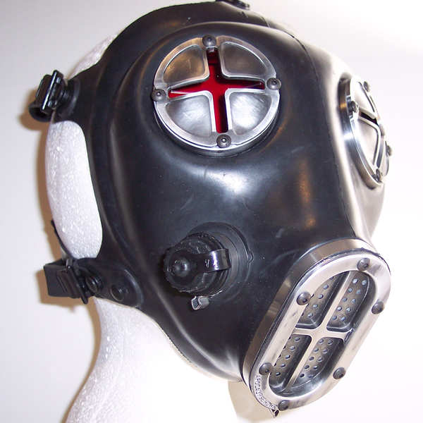 Apocalypse Fetish Gas Mask (Type 2-c/w smoke and red lenses)