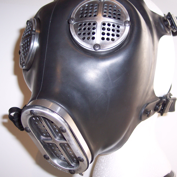 Apocalypse Fetish Gas Mask (Type 3-c/w clear and red lenses)