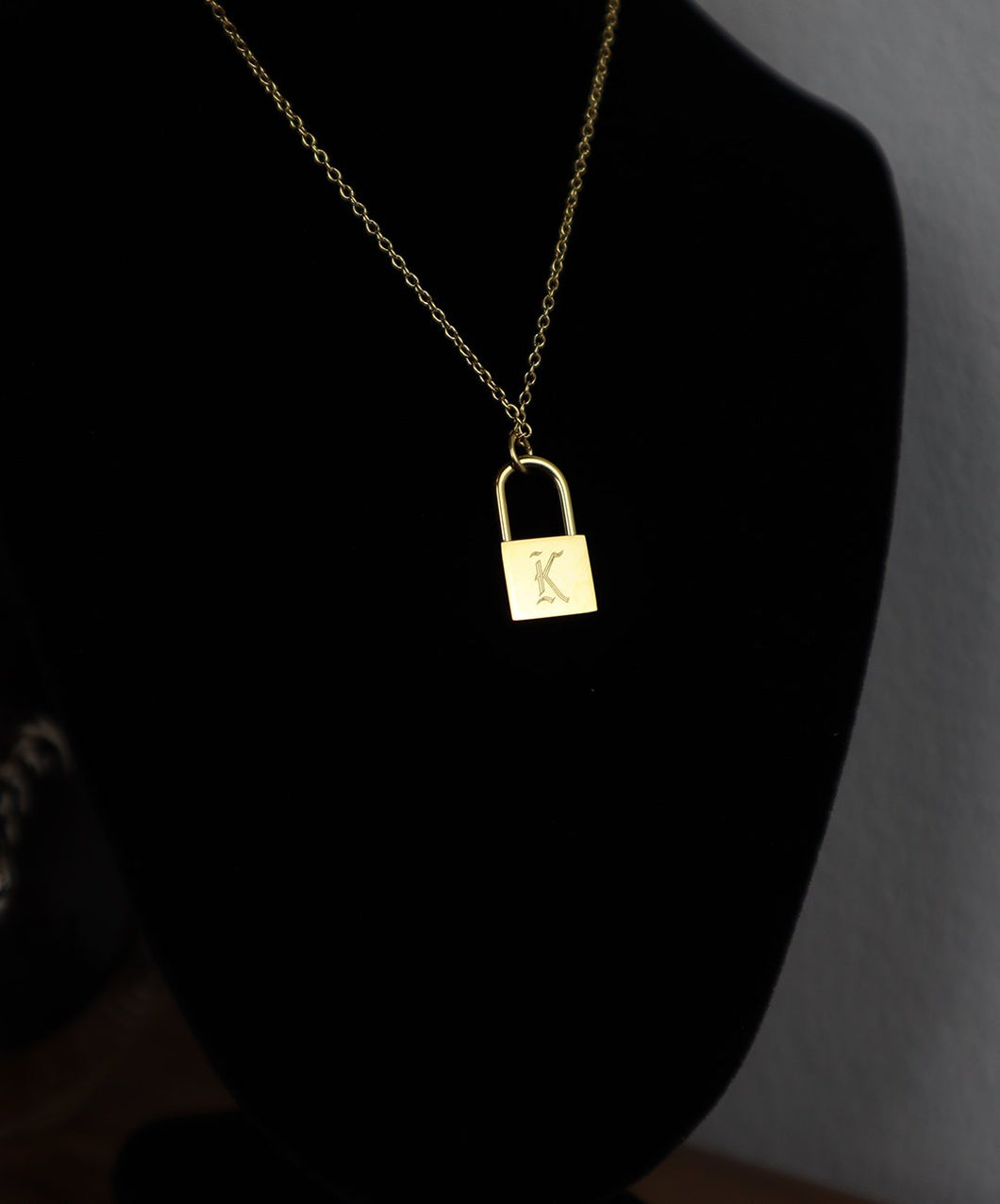 18k Gold Lock Necklace: K