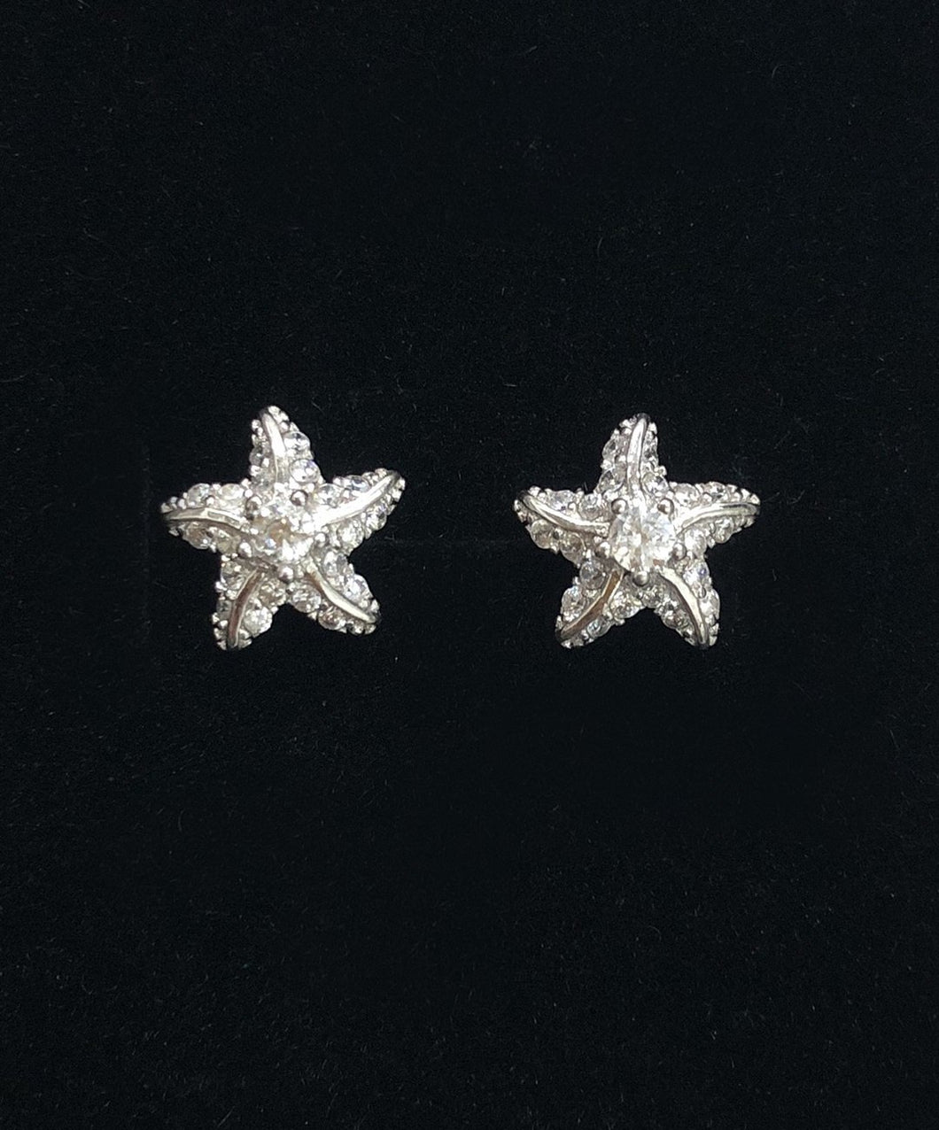 Jules Guam Mini Starfish Earrings