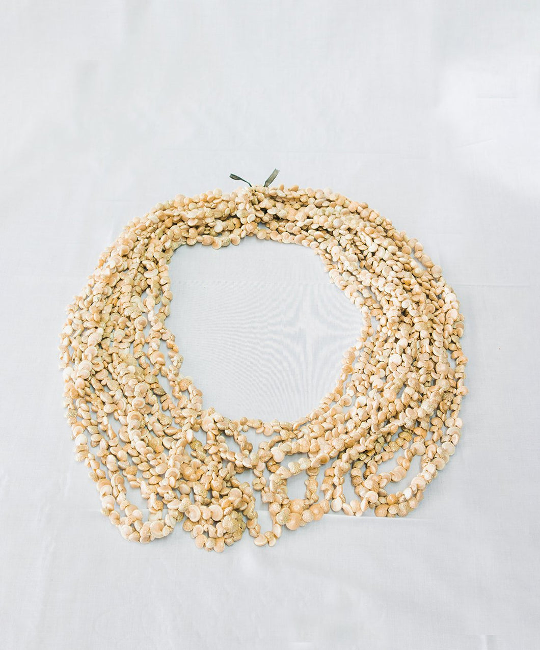 Embuniom Shell Lei Necklace