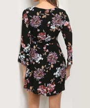 Load image into Gallery viewer, Floral Bell Sleeve Dress
