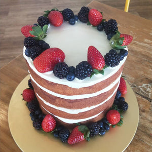 *NEW* Barry - Vanilla Cake with Fresh Berries