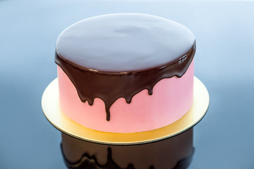 Melissa - Strawberry & Valrhona Dark Chocolate Cake (*Kid-friendly*)