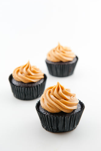 Sally - Peanut Butter & Dark Chocolate Cupcakes