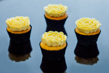 Load image into Gallery viewer, Vicki - Salted Egg Yolk Custard Cupcakes