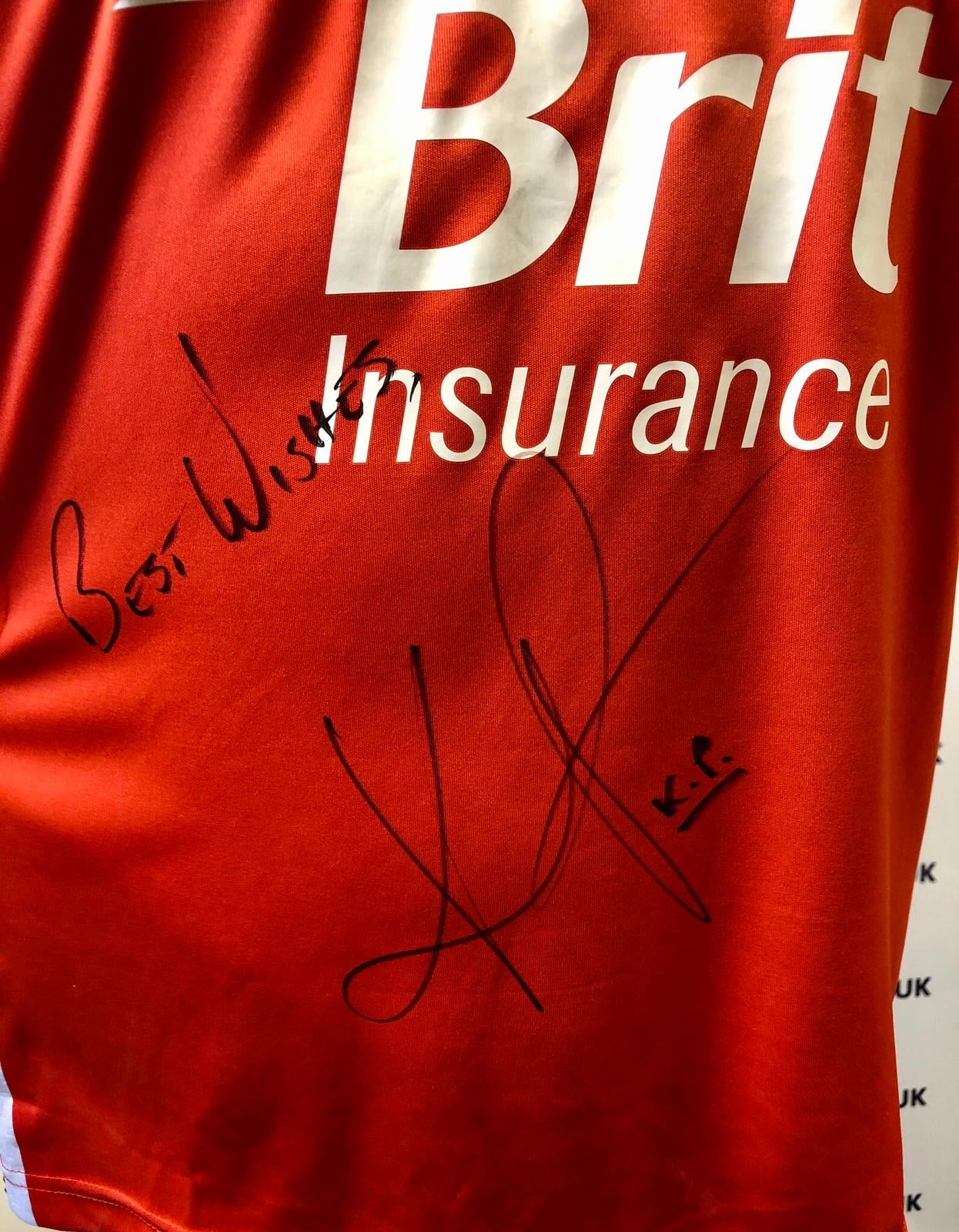 Kevin Pietersen signed England warm up top