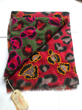 Load image into Gallery viewer, Leopard Print Neon Thread Scarf