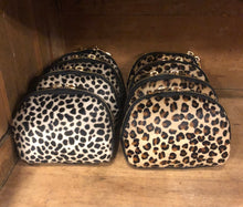 Load image into Gallery viewer, Cowhide Purses - Leopard