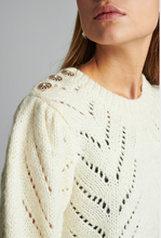 Load image into Gallery viewer, Nubritney Cream Pullover