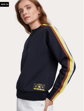 Load image into Gallery viewer, Long sleeve half-zip crew neck sweatshirt