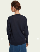 Load image into Gallery viewer, 100% Merino wool long sleeve V-neck sweater