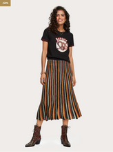 Load image into Gallery viewer, Pleated Lurex Skirt