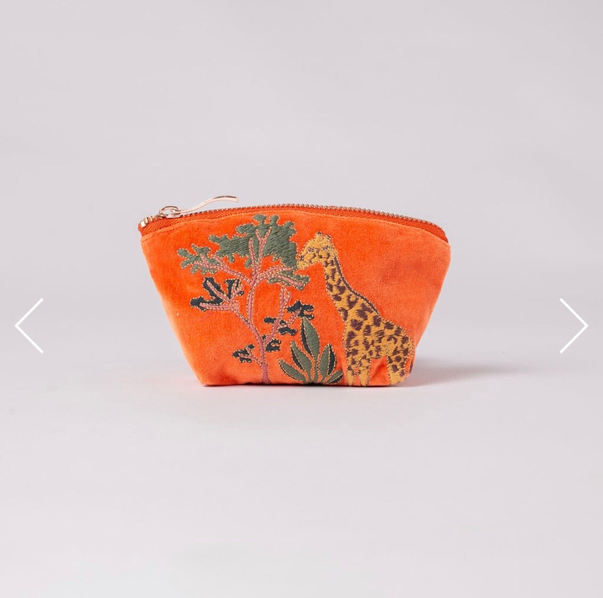 Giraffe velvet coin purse