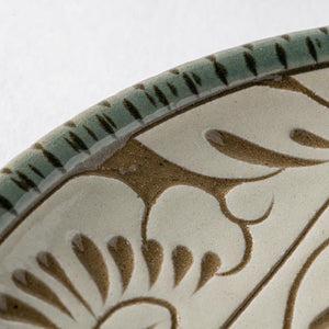 Yachumin Kara-no-karakusa Line: Sculpture of the Five-sun Glaze with a Green-glazed, Chinese-style white -