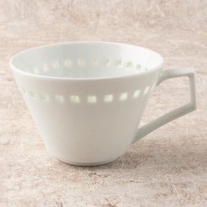 Hasami Yaku Tan Horizens Crystal Royal Square V Coffee Cup