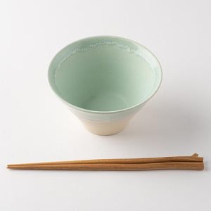 Mino ware Shinko kiln Pastel jelly warp bowl Green x Cream (M)-Mino ware Shinko kiln
