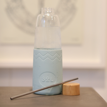Load image into Gallery viewer, Cyan SoL Glass Water Bottle
