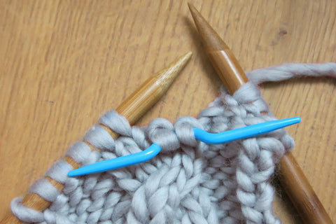 Getting To Grips With Knitting Cables Stitch Story Uk