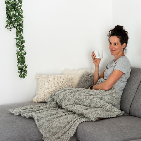 Download the free cable blanket throw PDF knitting pattern