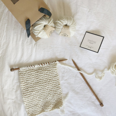Shop the grazier scarf knitting kit for beginners at Stitch & Story