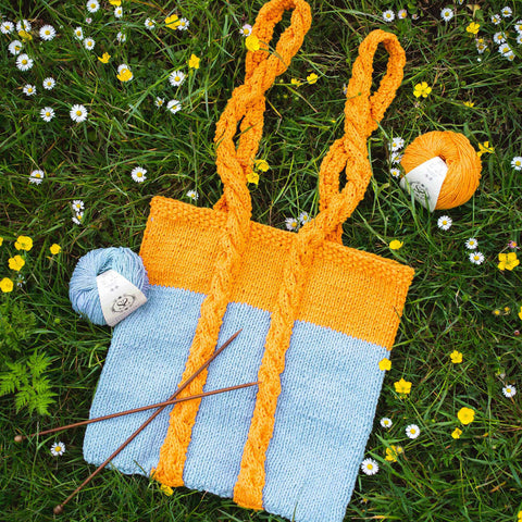 Shop the Pentle Cable Handle Tote knitting pattern